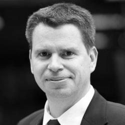 Dr. Oliver Hirsch
